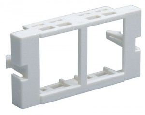( MUS-00058-02 ) Adapter podwójny Molex Data Gate/Euromod - biały